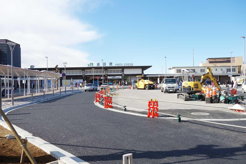 成田駅前工事