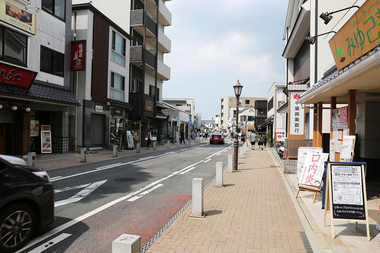 成田 参道
